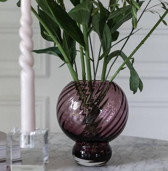 Bilde av Specktrum Meadow Swirl Vase - Plum