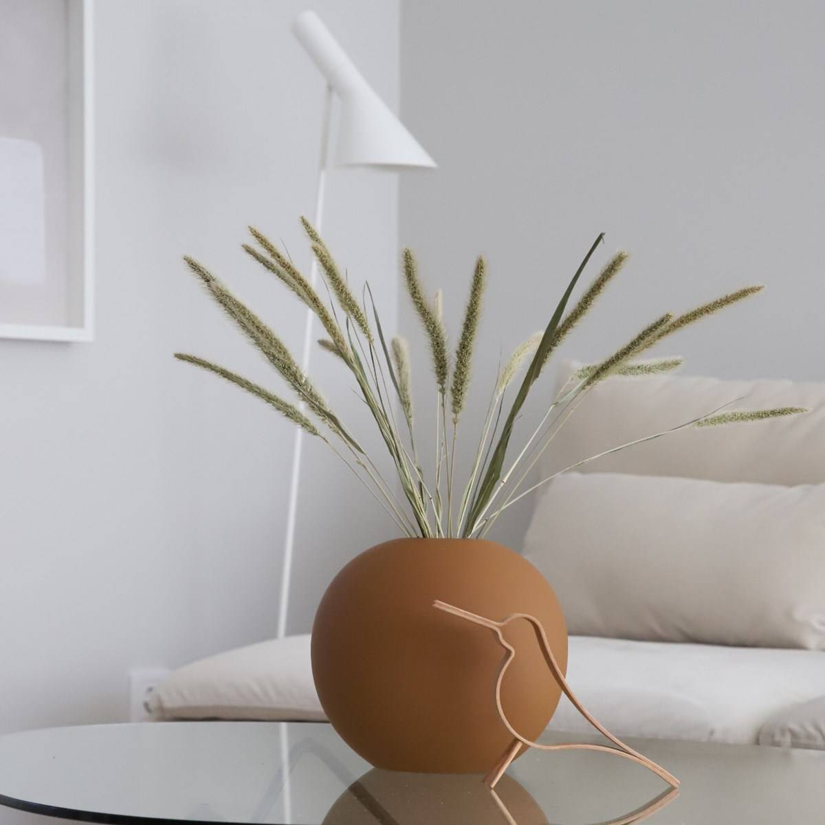 Ball Vase - Coconut